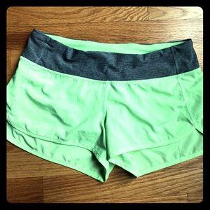 lululemon athletica Shorts - Lululemon EUC Sz 6 lime green speed shorts